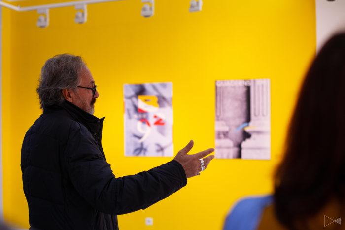 Josep Maria Mir en la exposición en Telmö Dice (Málaga)