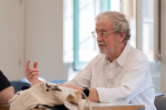 Josep M Trias hablando